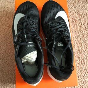 Nike Zoomfly 8.5